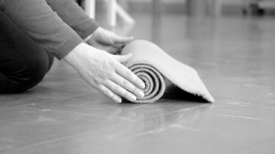 Rouler un tapis